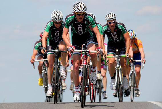 Gnadenloser Einsatz: Das Radteam DSC bei der Landesmeisterschaft in Obergurig